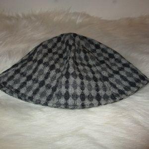 Women's wool winter bucket hat  - vintage